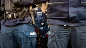 Arresto in Polonia (La Presse)