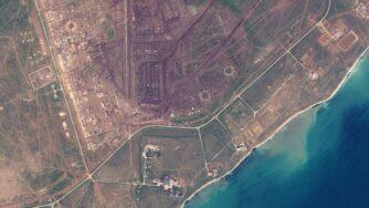 Base russa in Crimea dal satellite (La Presse)