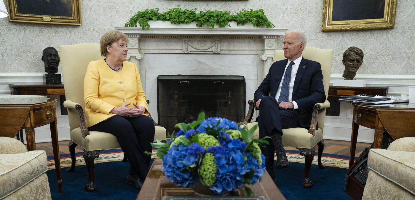 Joe Biden riceve Angela Merkel (La Presse)
