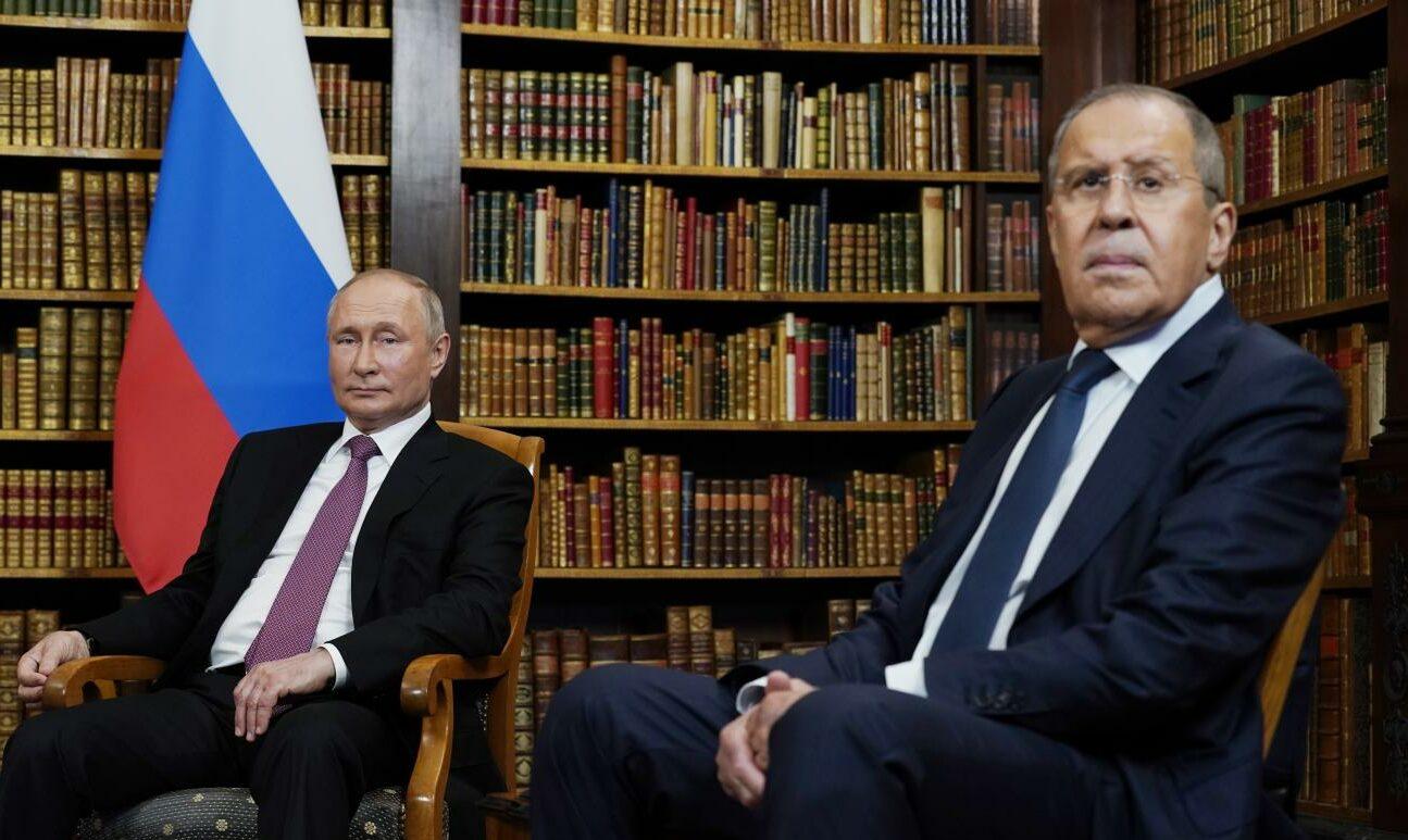 Putin e Lavrov incontro (La Presse)