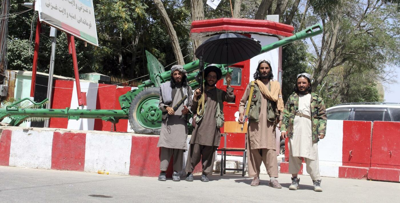 Talebani conquistano Afghanistan (La Presse)