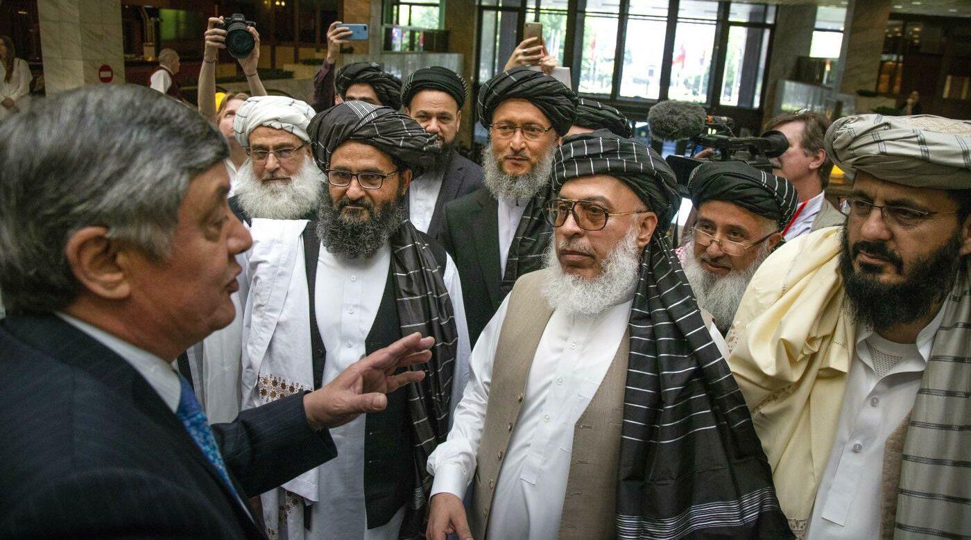Zamir Kabulov incontra i talebani (La Presse)