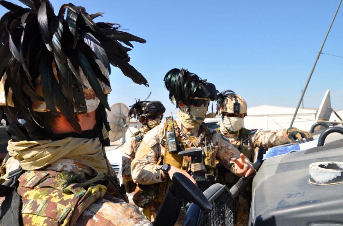 I bersaglieri che presidiano la diga di Mosul DSC_0699