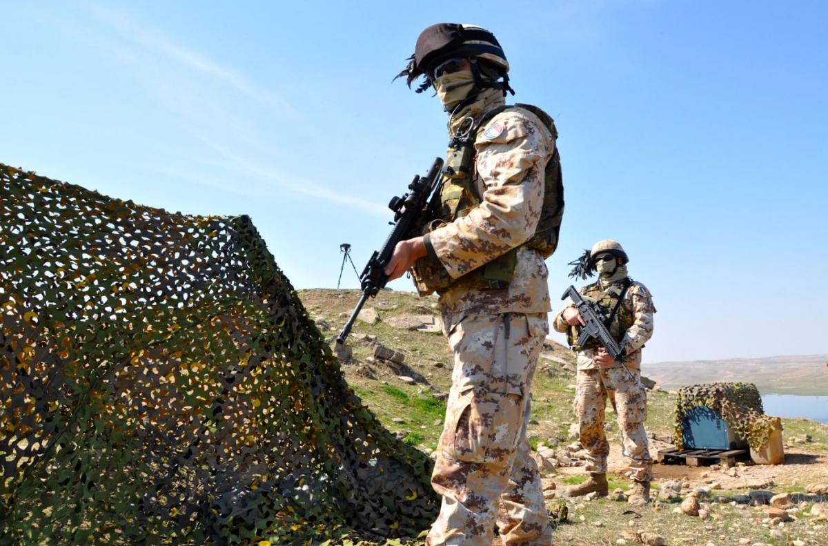 Le postazioni dei bersaglieri a difesa della diga di Mosul DSC_0703