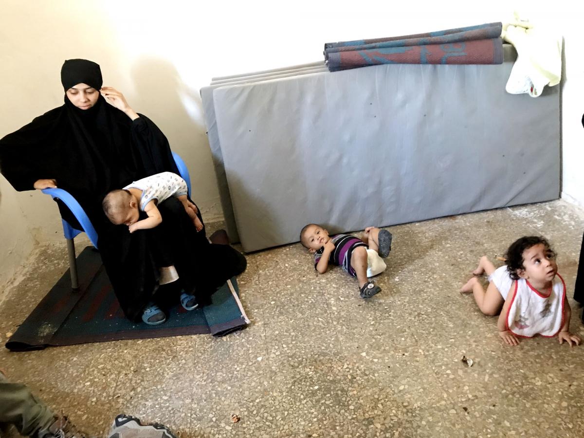 Una delle mogli dell'Isis di Raqqa segregate con i figli IMG_6635